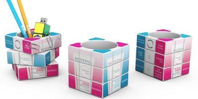 Rubiks pot a crayon web